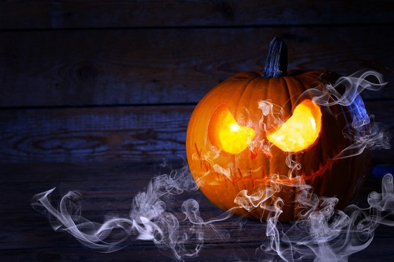 halloween-pumpkin-with-smoke